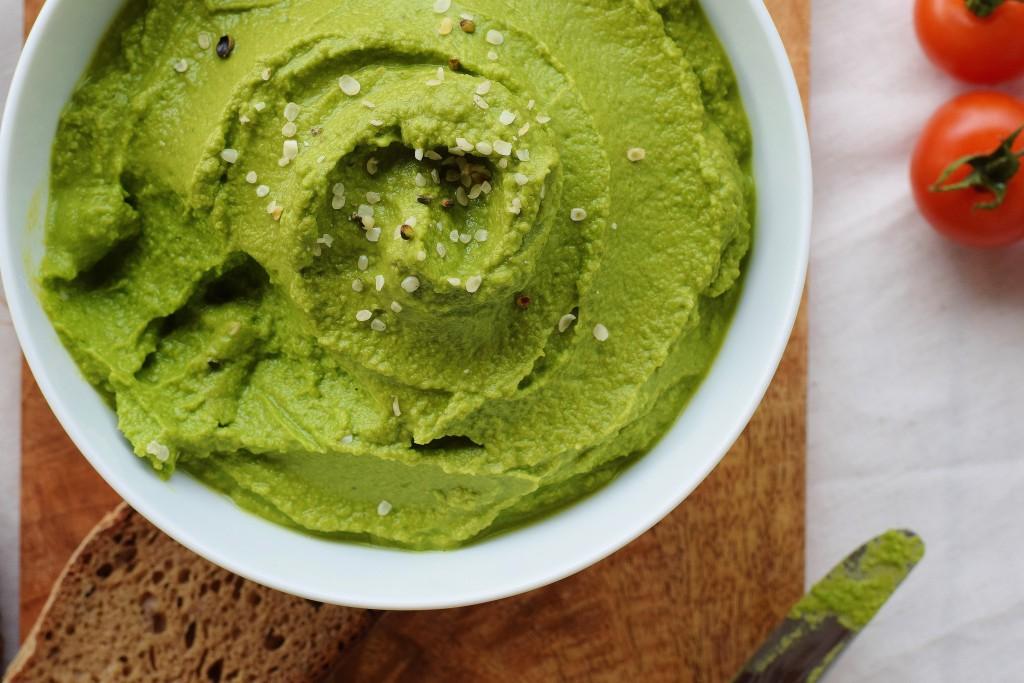 Gesunder Bärlauch-Hummus