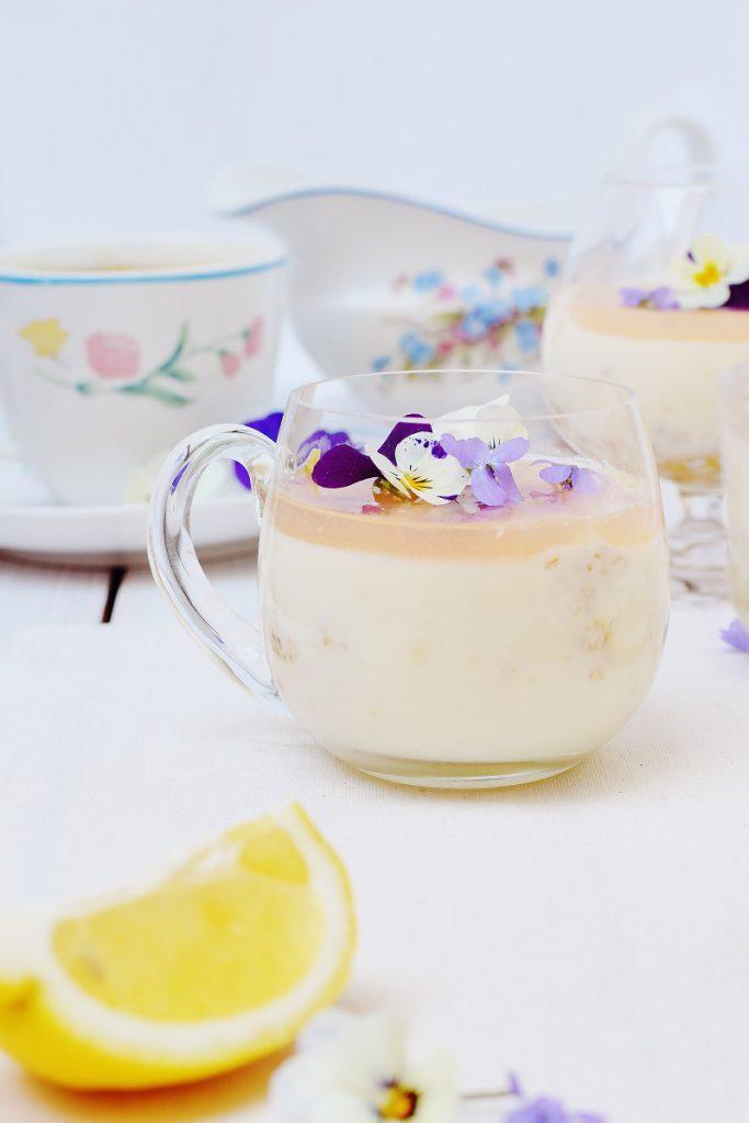 Zitronen-Panna Cotta aus Joghurt und Buttermilch
