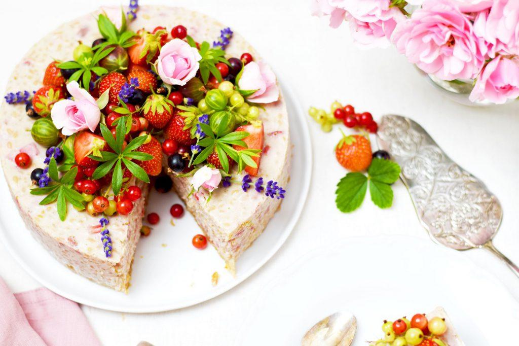 Milchreistorte vegan mit Beeren